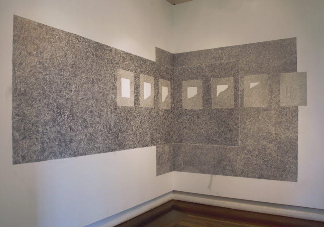 Exposição Escrito, de Maíra Dietrich.